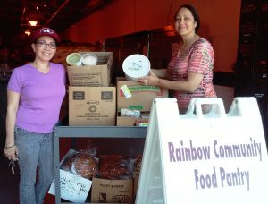CFR VOLUNTEER FOOD RUNNERS DELIVER lila-at-rainbow-with-pat